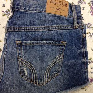 Hollister High Waisted Shorts sz 5
